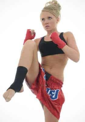 woman kickboxer 1