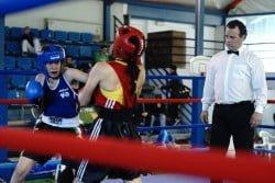 Άννα Χατζή vs Ιωάννα Ξυλούρη 54kg Πανελλήνιο Πρωτάθλημα Πυγμαχίας 2015